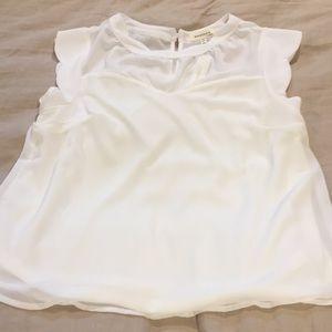 NWTs Monteau white blouse